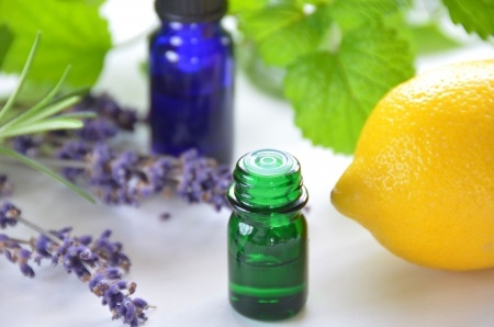 13088793 - aromatherapy with lemon and herbs